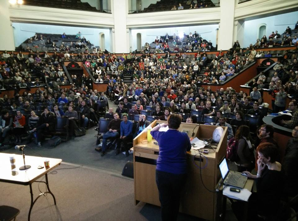 Cupe 3902 01 on legal strike against university of toronto for Chair in engineering design university of toronto